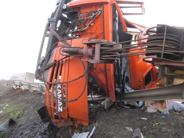 Натрассе «Оренбург-Самара» столкнулись два грузового автомобиля