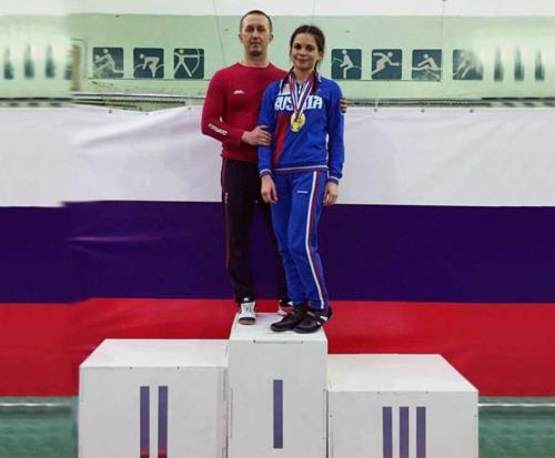 Шадринский пауэрлифтер завоевал золотую медаль наПервенстве РФ
