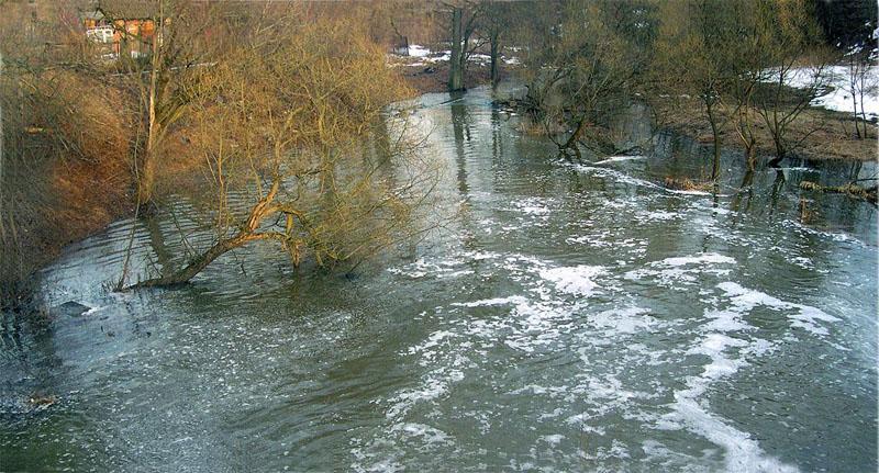 Назападе Оренбуржья паводок отрезал село Егорьевка— МЧС