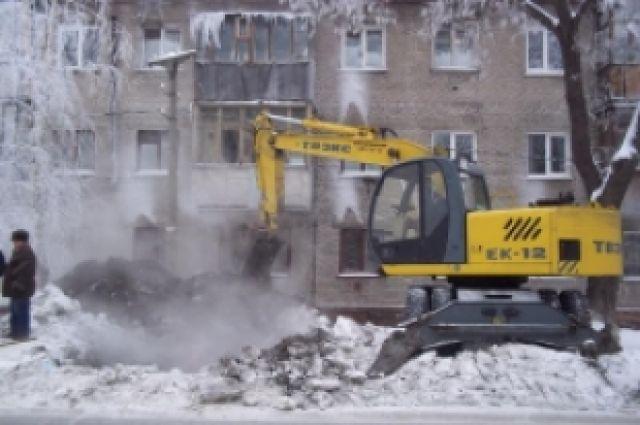 Граждане Оренбурга остались без воды из-за прорыва трубопровода