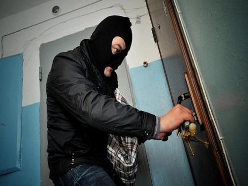 ВОренбурге сотрудниками милиции раскрыта квартирная кража