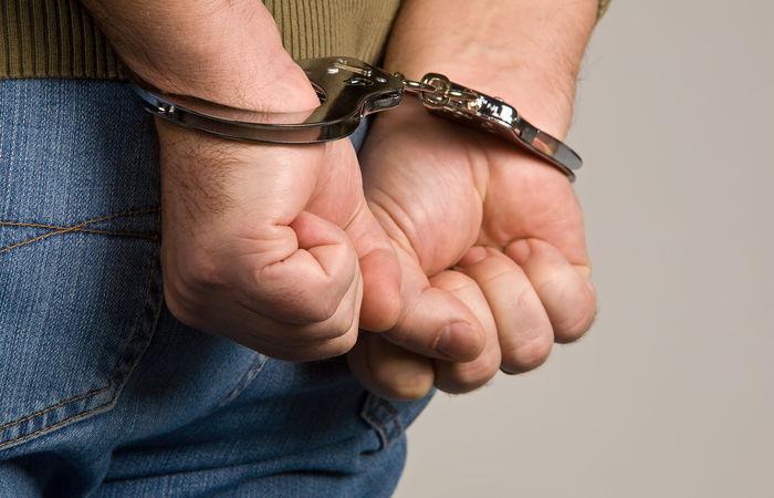ВНовотроицке мужчины вмасках ограбили пенсионерку
