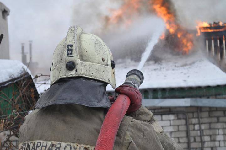 ВНовотроицке напожаре спасли двоих жильцов дома