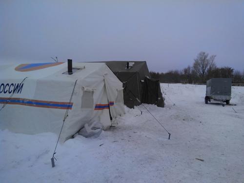 ВНИМАНИЕ Из-за сильного снегопада ограничили движение награнице Челябинской области