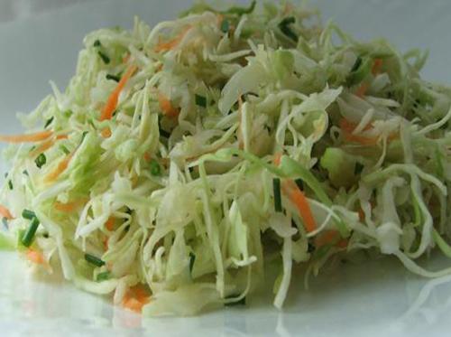 рецепт из салата из свежей капусты со
