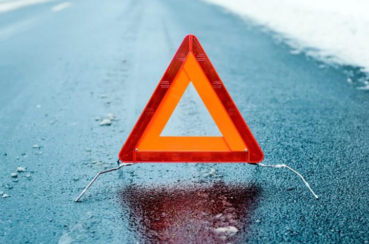 Смертельное ДТП: натрассе Оренбург-Акбулак ВАЗ опрокинулся вкювет