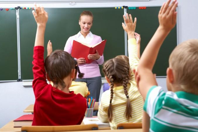 ВОренбурге 1200 учителей отпразднуют День учителя вальсом
