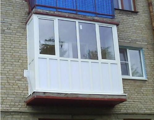 Россиянам запретили перепланировку балкона без согласования совсеми жителями