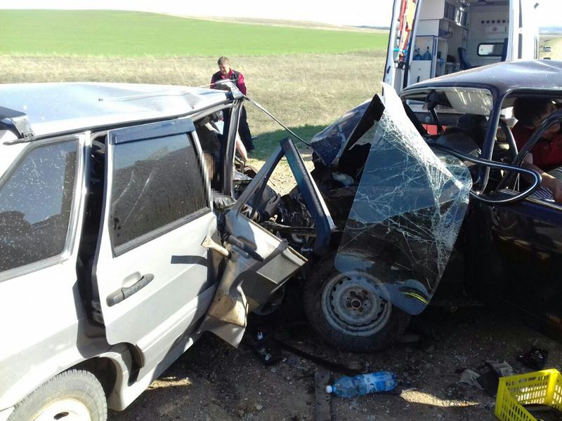 Двое детей погибли, трое пострадали вДТП вОренбургской области