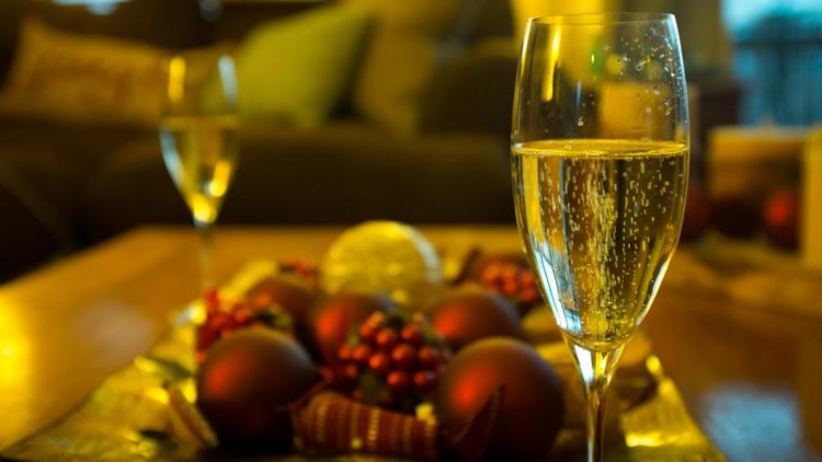 Игристые вина подорожают перед Новым годом