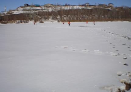 ВОренбуржье взрывают ипилят лед
