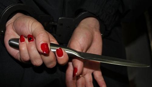 ВОренбуржье мать двоих детей осудили занападение наполицейского