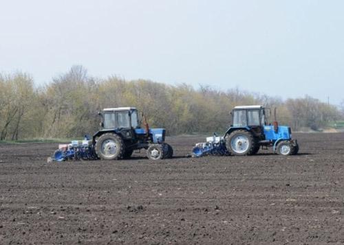 В Баксанском районе идут весенне-полевые работы