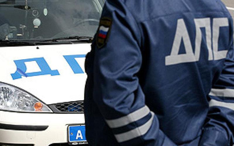 ВОренбурге инспектор ДПС получил взятку вобъеме 10 тыс. руб.