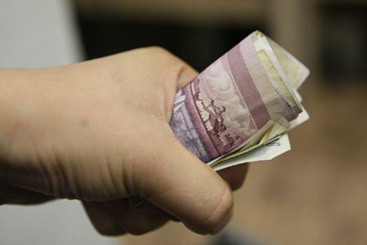 18-летний оренбуржец вымогал деньги ушкольника
