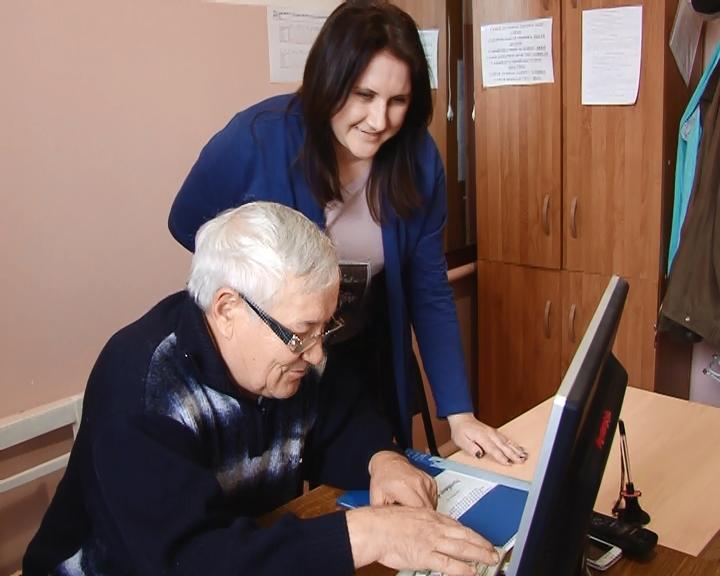 Воронежские пожилые люди вошли вТОП-10 самых активных в исследовании компьютерной грамотности
