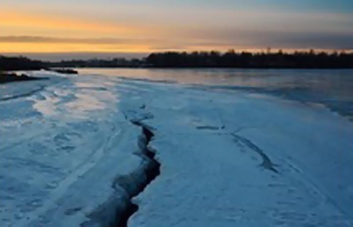 ВБузулуке Оренбургской области ведутся поиски провалившегося под лед ребенка